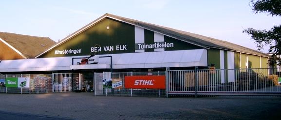 Ben van ELk, Grotestraat 38, Deest.